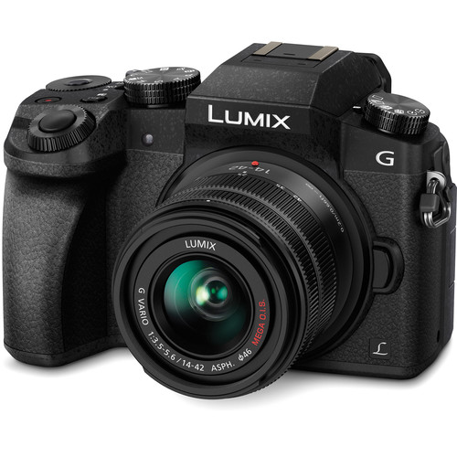 PANASONIC Lumix DMC-G7 + 14-42mm Black