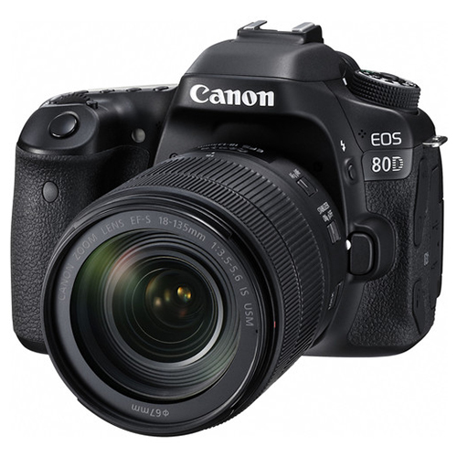 CANON EOS 80D DSLR + 18-135mm IS USM