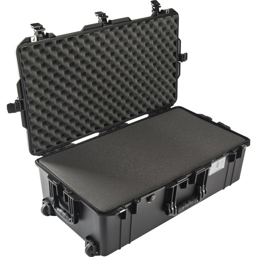 Peli Air 1615 with Foam 70L