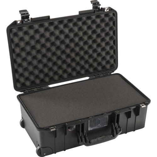 Peli Air 1535 with Foam 27L
